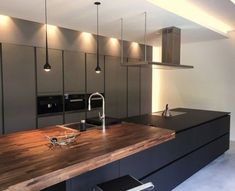 34 Cool and Beautiful Kitchen Design Ideas - Küche - Cozinha Cost Of Kitchen Cabinets, Kitchen Cabinet Design, Kitchen Countertops, Dark Cabinets, Beautiful Kitchen Designs, Contemporary Kitchen Design, Beautiful Kitchens, Home Decor Kitchen, Kitchen Interior