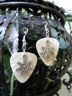 snowflake and guitar pick - perfect for winter!