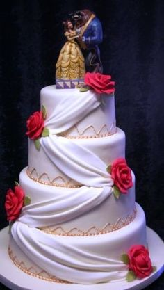 Melanie Ferris Cakes News Beauty and the Beast Wedding Cake . perfect for a Disney-themed wedding! Beauty And The Beast Wedding Cake, Beauty And The Beast Theme, Disney Beauty And The Beast, Wedding Beauty, Beauty Beast, Dream Wedding, Beautiful Cakes, Amazing Cakes, Bolo Cake