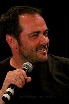 Mark Sheppard Mark Sheppard Supernatural, Supernatural Actors, Winchester Boys, Winchester Brothers, Paranormal, Jensen And Misha, New Actors, Hey Man, Sam Dean