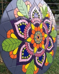 Mosaic Flower Pots, Mosaic Pots, Pebble Mosaic, Mosaic Diy, Mosaic Garden, Mosaic Glass, Glass Art, Stained Glass, Free Mosaic Patterns