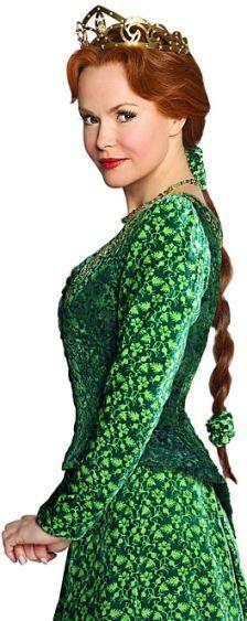 Amanda Holden will star in Shrek The Musical as Princess Fiona