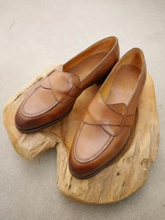 Edward Green Lulworth Butterfly Loafer in Burnt Pine
