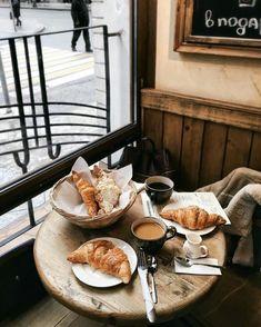 Perfect Parisian breakfast. #foodie #lovefood #breakfast #coffee #coffeetime #dessert #croissants #paris #parisian #fabfashionfix