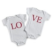 Looking for something non-girly for boys to wear on Valentine's Day.   These are perfect, and would be a simple applique project.