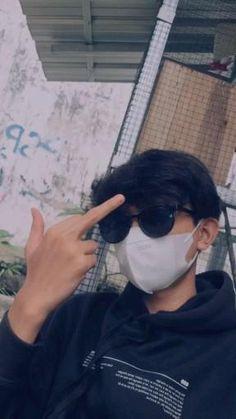 Cool Boy Image, Cute Boy Photo, Cute Korean Boys, Cute Boys, Hommes Grunge, Girl Gang Aesthetic, Sassy Wallpaper, Happy Birthday Template, Cute Couple Selfies