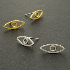 Eye Stud Earrings / Silver, Gold / E015 by silverholic on Etsy https://www.etsy.com/listing/129867735/eye-stud-earrings-silver-gold-e015