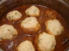 Live, love, laugh and eat.: Stew and Dumplings (with speculaas spices and ontbijtkoek) South African Dumpling Recipe, South African Recipes, Beef Steak Recipes, Mince Recipes, Chicken Recipes, Food Network Recipes, Real Food Recipes, Cooking Recipes, Kitchens