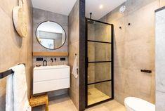 Cómo amueblar y decorar tu casa con cemento pulido Ibiza, Kitchenette, Decoration, Studio, Mirror, Bathroom, Furniture, Design, Home Decor