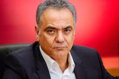 En Arxikos Politis: Σε μία μέρα ο Πάνος Σκουρλέτης διόρισε 25 μηχανικο...