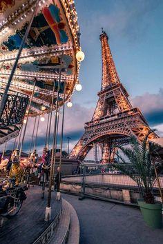 Your free Paris travel guide 4 days in Paris - Eiffel Tower nearby . - Your free Paris travel guide 4 days in Paris – Eiffel Tower nearby … the - Tour Eiffel, Paris Photography, Travel Photography, Eiffel Tower Photography, 4 Days In Paris, Paris At Night, Paris Paris, Paris Wallpaper, France Wallpaper
