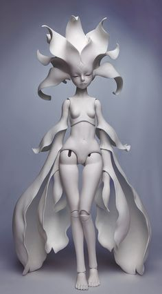 dollzone anson, blank - I'm pinning this for my friend @M R. Twixt, who I think might appreciate its inherent elegance.
