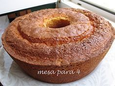Bolo de Iogurte e Maizena - http://www.sobremesasdeportugal.pt/bolo-de-iogurte-e-maizena/