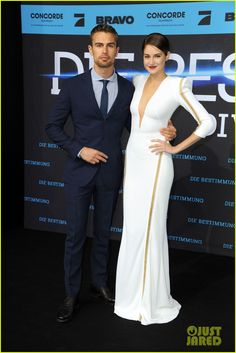 Shailene Woodley & Theo James Take 'Divergent' to Berlin! | shailene woodley theo james bring divergent to germany 23 - Photo