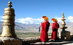We offers Exclusive Ladakh tour package at lowest affordable price,customized Ladakh Tour & Luxury Packages. Plan a travel to Ladakh and its various tourist attractions with Ladakh Luxury packages Kashmir Trip, Leh Ladakh, Srinagar, Luxury Packaging, Earth, Tours, Adventure, Travel, Beautiful