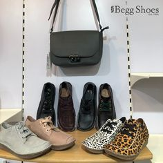 Bags 2014, White Leopard, Dream Shoes, Perfect Woman, Animal Prints, Shoe Shop, Shoe Brands, Comfortable Shoes, Clarks