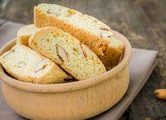 Biscuiti Cantuccini cu migdale
