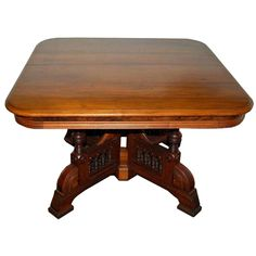 Fantastic antique American Eastlake style center table with two leaves. Table Maker, Dining Table, Art Deco Table, Eastlake, Victorian Decor, Marble Table Top, Walnut Dining Table, Eastlake Furniture, Furniture Chair