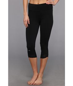 Under Armour Fly-By Compression Capri in black  So comfy!
