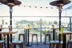 El Techo de Lolinda restaurant | Rooftop Views in San Francisco - this place is rockin' on the weekends, get there early or expect a line. Fun atmosphere, great cocktails ( sister restaurant Lolinda's next door)