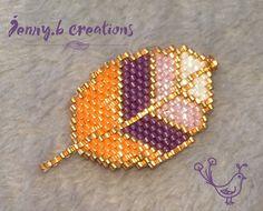 Pendentif Feuille réalisé en perles de verre miyuki : Pendentif par jenny-b-creation