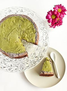Flourless Chocolate Cake with Green Tea
