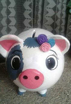 Paper Mache, Pigs, Piggy Bank, Banks, Cute Animals, Crafts, Painting, Ideas, Plaster Crafts