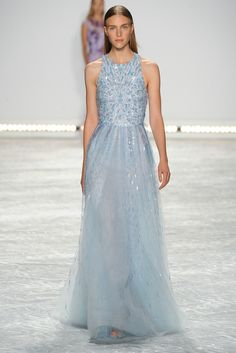 Monique Lhuillier Spring 2015 Ready-to-Wear Fashion Show - Hedvig Palm