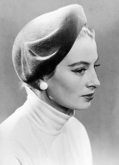 Capucine Vintage Glamour, Vintage Beauty, Vintage Fashion, Vintage Style, French Actress, Classy Chic, Photos Of Women, Girls Life, Headgear