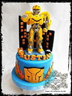 Bumblebee Transformer Transformers Birthday Parties, Transformer Birthday, Transformer Cake, Ironman Cake, Movie Cakes, Gravity Defying Cake, Superhero Cake, Backdrops For Parties, Cakes For Boys