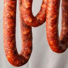 Recipes Using Pork, Homemade Sausage Recipes, Chorizo Recipes, Mexican Food Recipes, Bratwurst Recipes, Mince Recipes, Mexican Dishes, Longaniza Recipe, Gastronomia