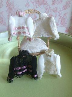 1/12 dollhouse clothes 1:12 miniature by PilarCalleMiniatures