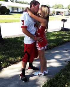 Football player and cheerleader couple <3