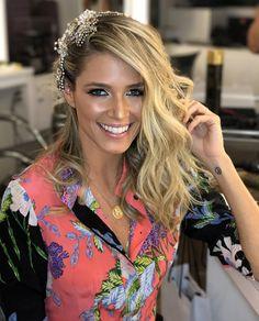 Aconteceu na última quinta-feira (16.02) o tão esperado Baile da Vogue 2017 e o tradicional esquenta da festa no Marcos Proença Cabeleireiros.