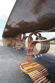 The Longest Bench by Studio Weave    Studio Weave has designed what may be the world's longest bench. At 2,000 feet long, the bench twists and twirls its way through the seaside resort of Littlehampton, Surrey, UK and has enough space to seat 800 people