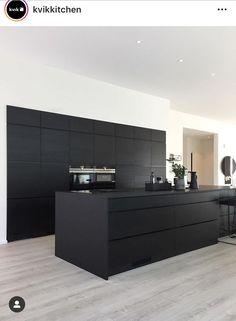 Grey Kitchen Designs, Kitchen Room Design, Kitchen Cabinet Design, Modern Kitchen Design, Kitchen Layout, Interior Design Kitchen, Kitchen Cabinets, Kitchen Decor, Black Kitchens