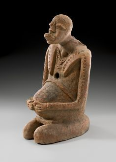 Visit CULTURES - The World Arts Fair in Brussels until Sunday June 12th. This kneeling female figure of 950-1250 AD is on display at l'Ancienne Nonciature in Brussels (Grand Sablon) where BRUNEAF and Bernard de Grunne have curated the exhibition 'Ancient Mande Treasures - Genesis of Art in Mali'.
