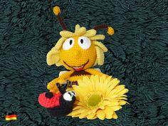 Die 10 Besten Bilder Von Biene Maja Bees Childhood Und Crochet Bee