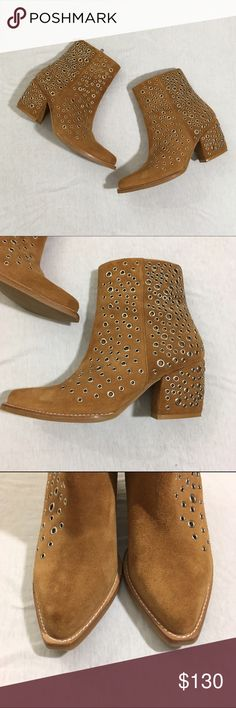 """Jeffrey Campbell Bravado-ey Ankle Booties Bravado-ey ankle booties by Jeffrey Campbell. Side zipper closure. 3"""" heel, 0.25"""" platform Leather upper, leather lining, synthetic sole. Line through logo to prevent returns. Great condition. No rips or stains. ❌No trades❌ Jeffrey Campbell Shoes Ankle Boots & Booties"""