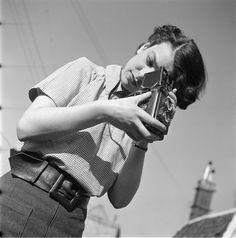 Carel Blazer :: Eva Besnyö, Amsterdam, 1938related post here
