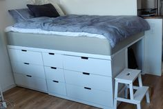 Small Room Bedroom, Room Ideas Bedroom, Tiny Bedrooms, Elevated Bed Frame, Nordli Ikea, Bed With Drawers Underneath, Ikea Bed Hack, Dresser Bed, Loft Bed Plans