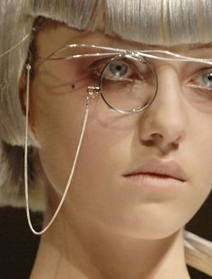 "lamorbidezza: ""Johanna Stickland at Yohji Yamamoto Spring 2007 """