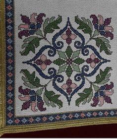 Cross Stitch Borders, Cross Stitch Flowers, Cross Stitch Designs, Cross Stitching, Cross Stitch Embroidery, Cross Stitch Patterns, Vintage Embroidery, Embroidery Designs, Palestinian Embroidery