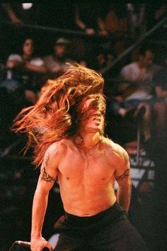 Anthony Kiedis Young, Anthony Keidis, John Frusciante, Wild Hair, Wonderwall, Love People, Metal Bands, White Man, Beautiful Boys