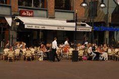 Oldenzaal is een stadje helemaal in het oosten van Nederland gelegen. Verstopt tussen de natuur in Twente. Het is een stad van gemiddelde grootte en het centrum is er klein doch knus. Nu heb je erg...