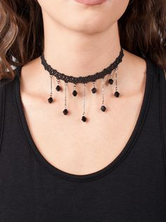 I had a choker like this back in junior high! It was my favorite piece of jewelry to wear :)
