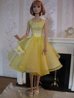 barbie doll dresses   35 34 5 qw