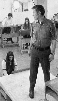 1972: Prof. Tom Gordon poses for students | Ohio Northern University