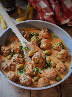 Meatballs in Madeirasaus My Kitchen Rules, Weekly Menu, Comfortfood, Foodies, Balls, Food And Drink, Veggies, Keto, Drinks