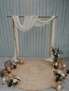 Wedding Backdrop Design, Boho Backdrop, Ceremony Backdrop, Diy Wedding Decorations, Wedding Stage, Our Wedding, Wedding Events, Decoration Evenementielle, Event Decor